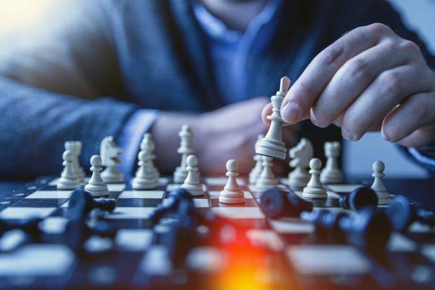 Chess 891x595